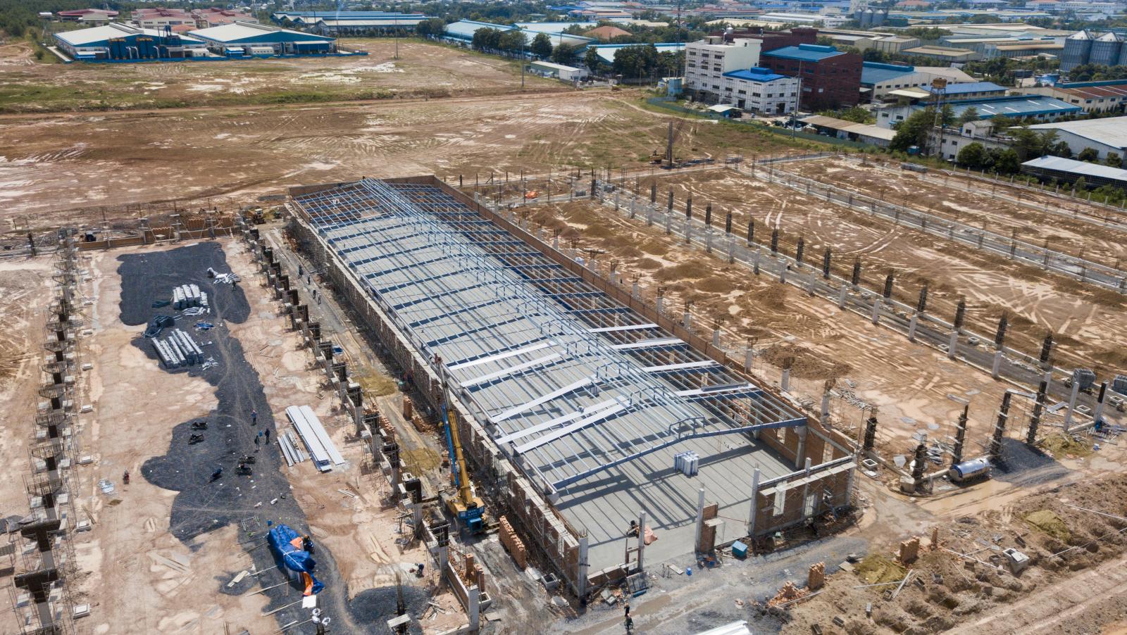 nhà xưởng đang được bic xây dựng